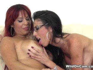 Incredible pornstars Alyssa Lynn, Dava Foxx in Horny MILF, Cunnilingus adult movie