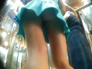 Sexy blue one piece blonde upskirt candid video