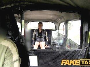 FakeTaxi: Club hostess in money dilemma