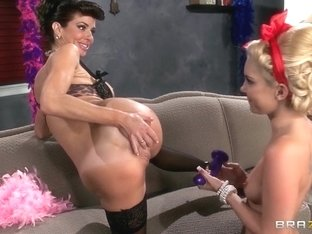 Hot And Mean: Vintage Vixens. Aaliyah Love, Veronica Avluv