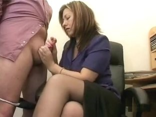 Mature brunette makes her worker feel really good at work