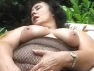 Large ass gra-mother i'd like to fuck