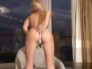 Sasha Blonde posing for you