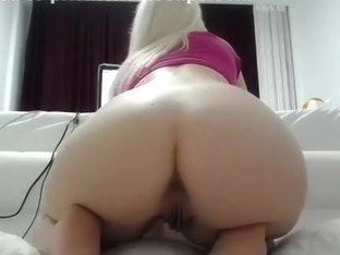 1luxuriousgirl dilettante episode on 1/29/15 00:38 from chaturbate