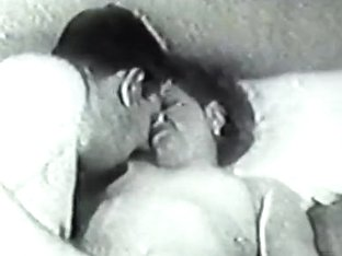 Retro Porn Archive Video: Golden Age Erotica 05 04
