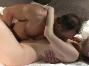 Love Creampie Redhead filled up with cum in messy sex