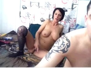 Slutty MILF fucking hard on webcam