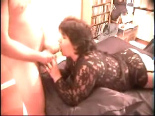 Mature wife sucks dick