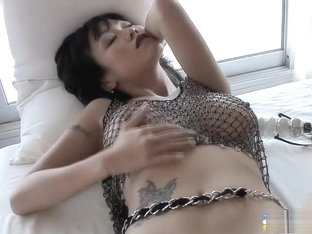 Buxom and exotic lady in high heels Jenny fingers herself to orgasm