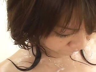 Japanese AV model enjoys a wild orgy