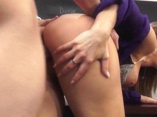 Hot for Teacher, Scene 4