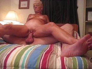 Hot GILF
