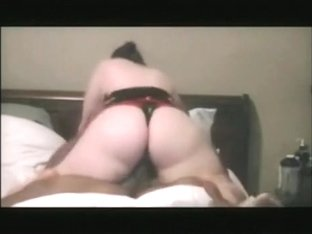 White bbw loves to bounce her huge booty on black cock !!!