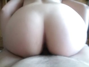 Fucking a mature pussy at home
