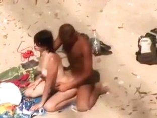 Young man fucked his lascivious girlfriend on the beach