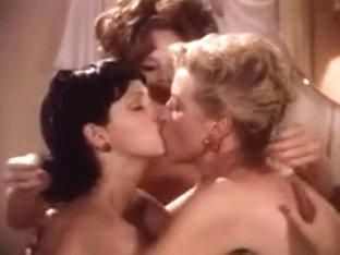 Threesome Vintage Lesbians