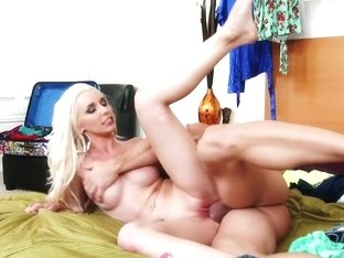 Stevie Shae & Johnny Castle in My Dad Shot Girlfriend