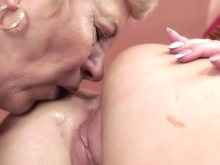 21Sextreme Video: Looking for Comfort