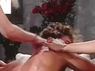 2 bossy t-girls humps homosexual on couch