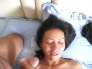 Thai cumslut girlfriend's fast facial