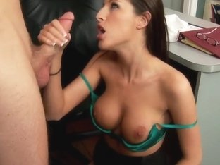 Hot fucking lunch with sexy Kortney Kane!