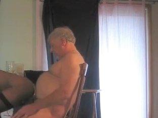 Older chap needs a snatch