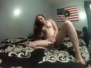 Girlfriend cums quietly with her toys