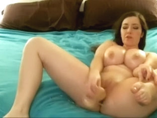 Busty american woman on cam