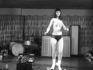 Miss Bitch Dance Battle