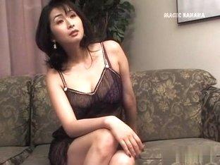 Fabulous Japanese whore in Incredible JAV uncensored Cumshots video