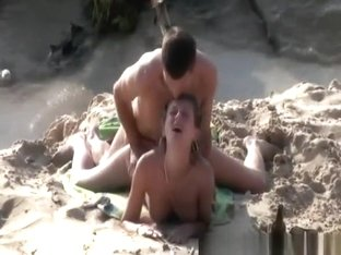 Drunk nudist blowjob and beach fuck