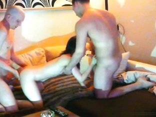 Slut has a threesome with 2 friends on the sofa