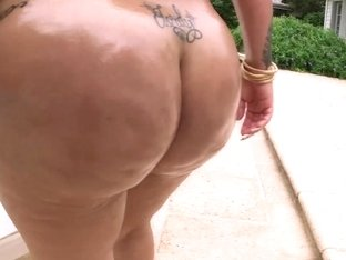 Sluts bubble butt fucked