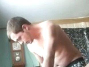 Hidden webcam oral-stimulation and spunk fountain