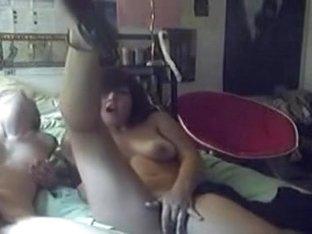 lesbo women licking