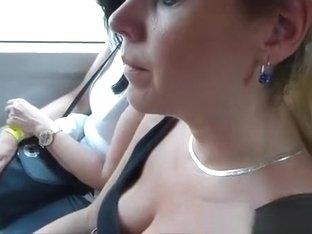Insight into the neckline
