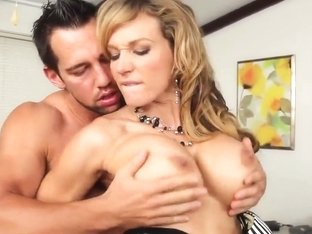 Nikki Sexx is sucking a big dick of her boss Johnny Castle