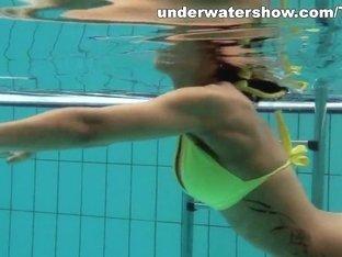 UnderwaterShow Video: Zlata Oduvanchik