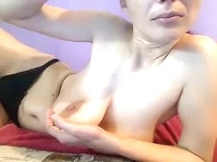 I'm teasing in the homemade solo porn video clip