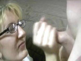 Creamy Non-Professional Facial Jism Fountain