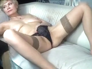 kinky_momy dilettante record 07/11/15 on 16:32 from MyFreecams