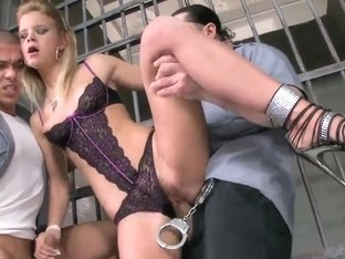 Shameless Bianka Lovely banging with two fellows in jail