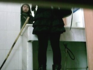 Asian teeny whore goes to the public bathroom to take a piss
