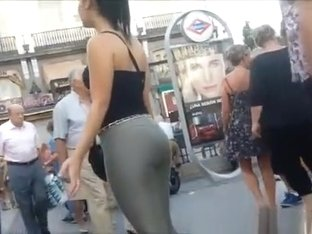 Nice big ass in tight pants