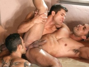 Pride, Part 2: Gustavo Arrango, Arthur Gordon & Ricci Julian XXX Video:  - FalconStudios