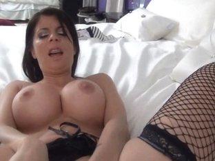 TiffanyPreston: Tiffany make her self cum