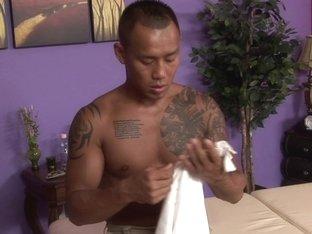 Massage-Parlor: Shy Guy