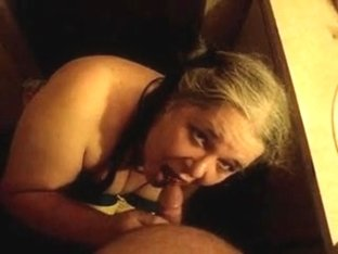 Mature slut gets it bad