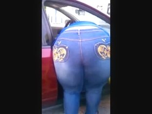 SSBBW HUGE ASS IN TIGHT JEANS AT THE CARWASH!