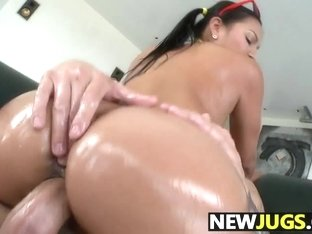 Adriana Luna Gets Her Pussy Pounded